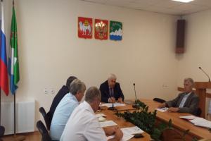 Глава района провел заседания межведомственной комиссии по вопросам противодействия проявлениям экстремизма и антитеррористической комиссии Ашинского района