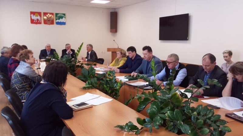 Виктор Лукьянов провел очередное совещание с главами поселений Ашинского района